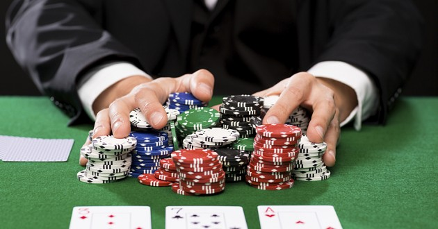 How to earn money through Online Gambling games?
